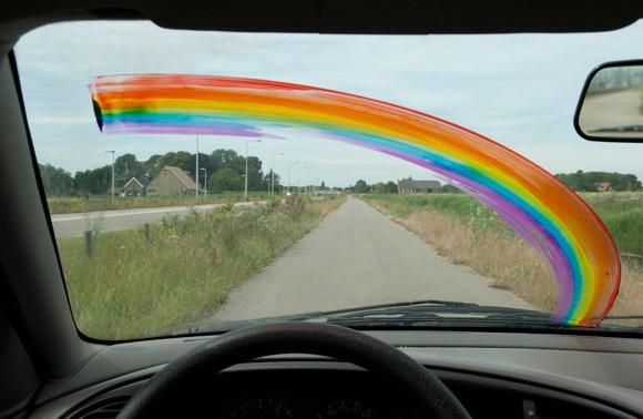 Paint + windshield wiper = rainbow machine