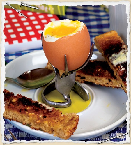 Egg cup made from a bent fork