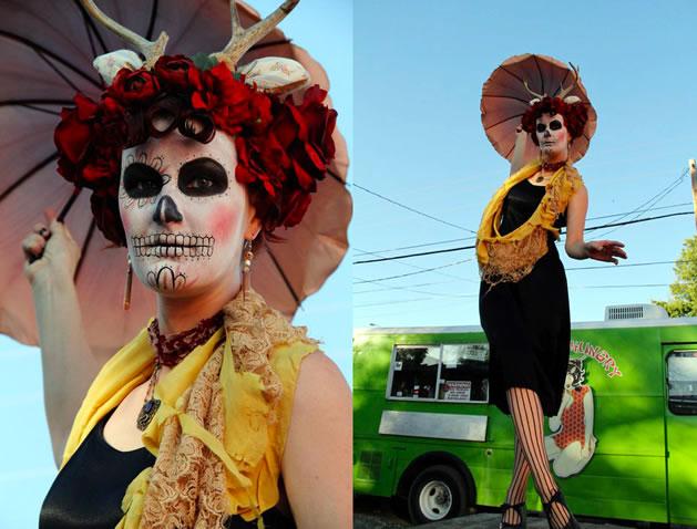 """Beautiful """"Deer"""" de los Muertos Costume"""