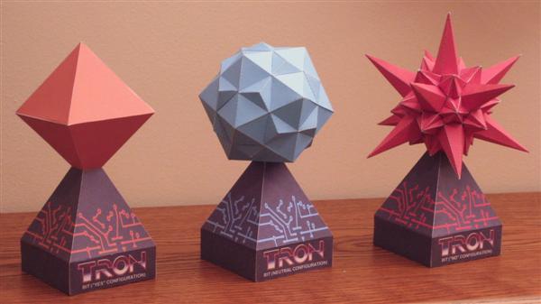 "Free print-and-fold papercraft Tron ""bit"" models"