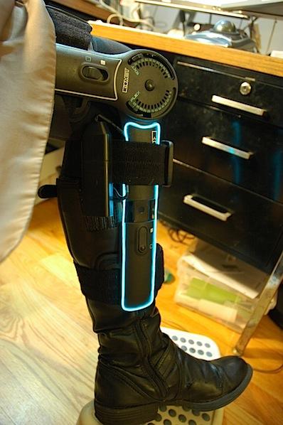 Tron knee brace