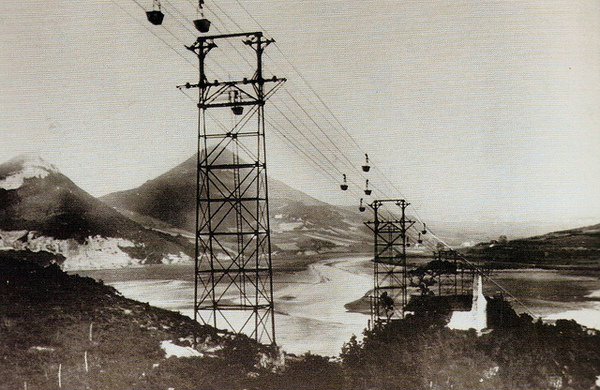 Aerial tram- and cable-ways