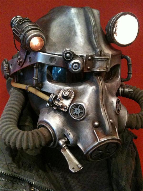 Fallout 3 replica helmet