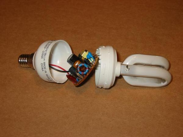 Circuitry, Anatomy, and Repair Tips for Common CFL Lamps