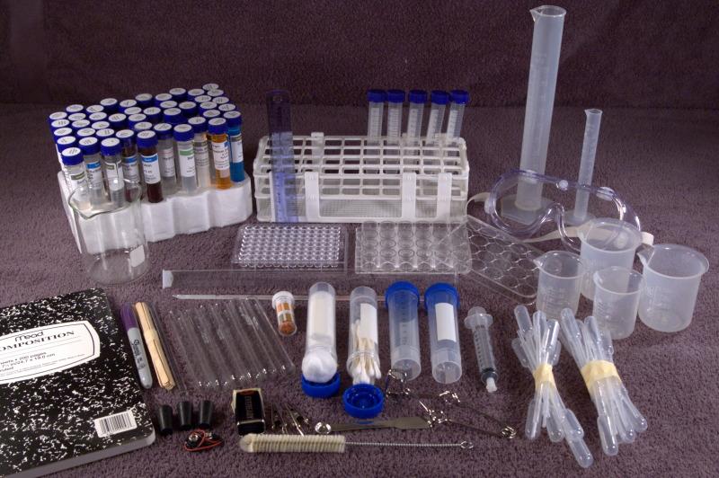 Bob Thompson's Homeschooler Chemistry Set