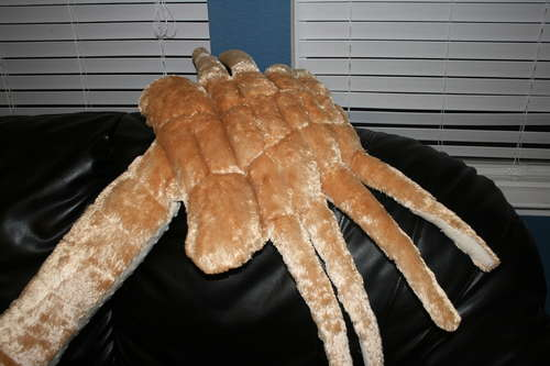 How-To:  Plush Facehugger Buddy