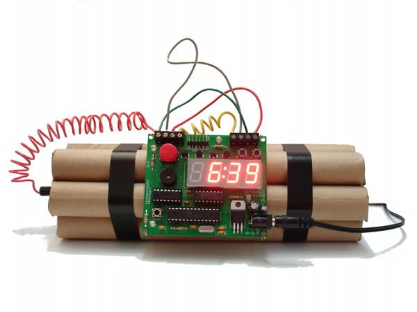 Defusable Alarm Clock is Dy-No-Mite