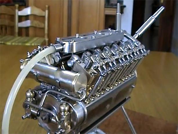 """""""World's Smallest"""" Working V-12 Motor"""