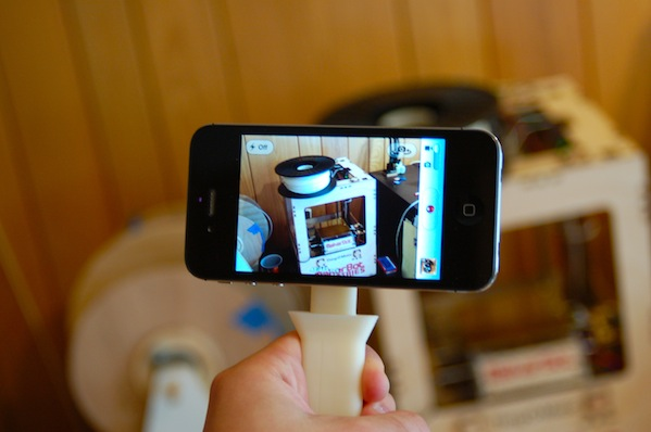 Collapsable iPhone Camera Handle