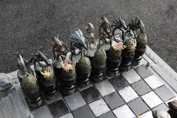 Alien vs. Predator Chess Set