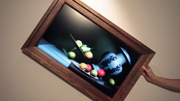 Interactive Still Life Tumbles When You Tilt The Frame