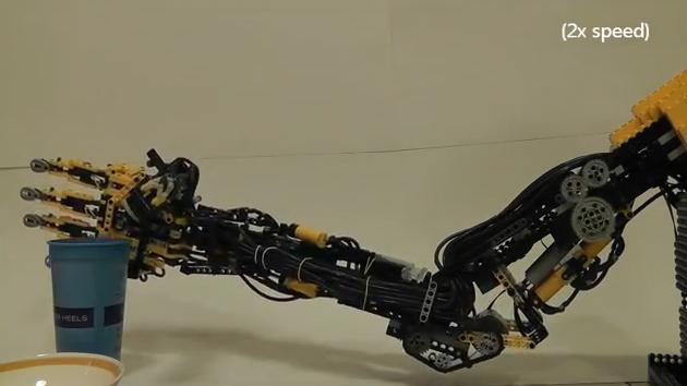 Pneumatic Lego Arm