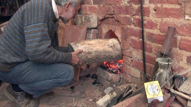 The Homemade Earth and Fire of Jonathan Garratt
