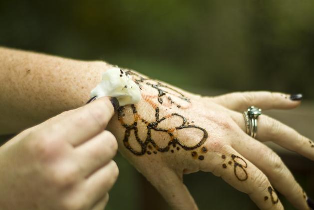 Flashback: Henna Tattoos