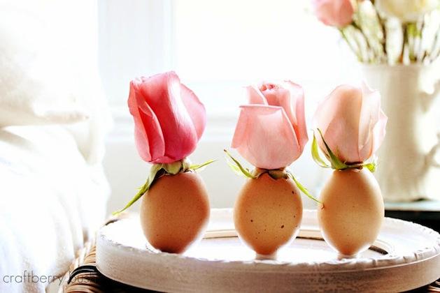 How-To: Eggshell Bud Vase