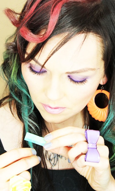 How-To: Hair Chalking