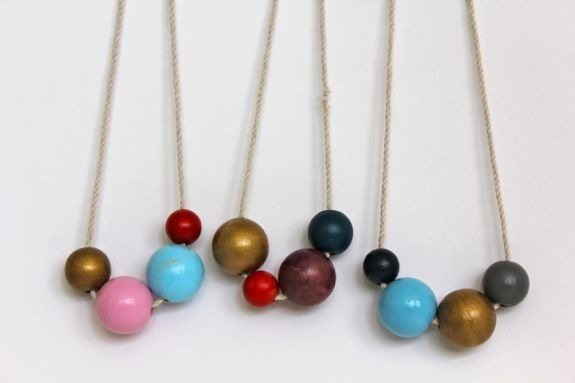 How-To: Painted Wooden Bead Necklace