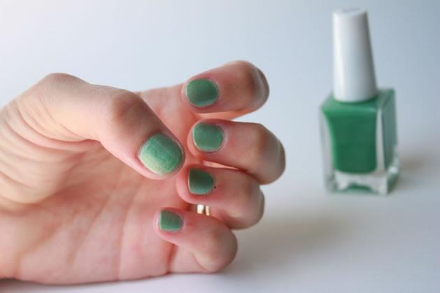 How-To: Custom Colored Nail Polish
