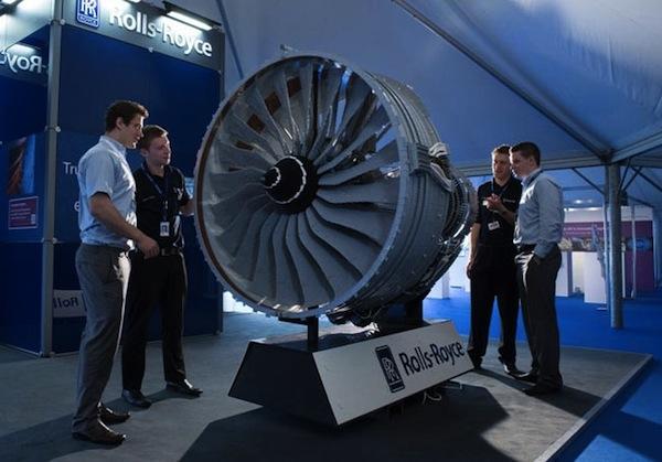 Huge LEGO Model of a Rolls-Royce Engine