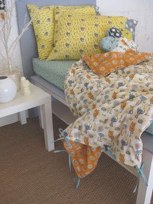 fabricworm_toddler_bedding.jpg