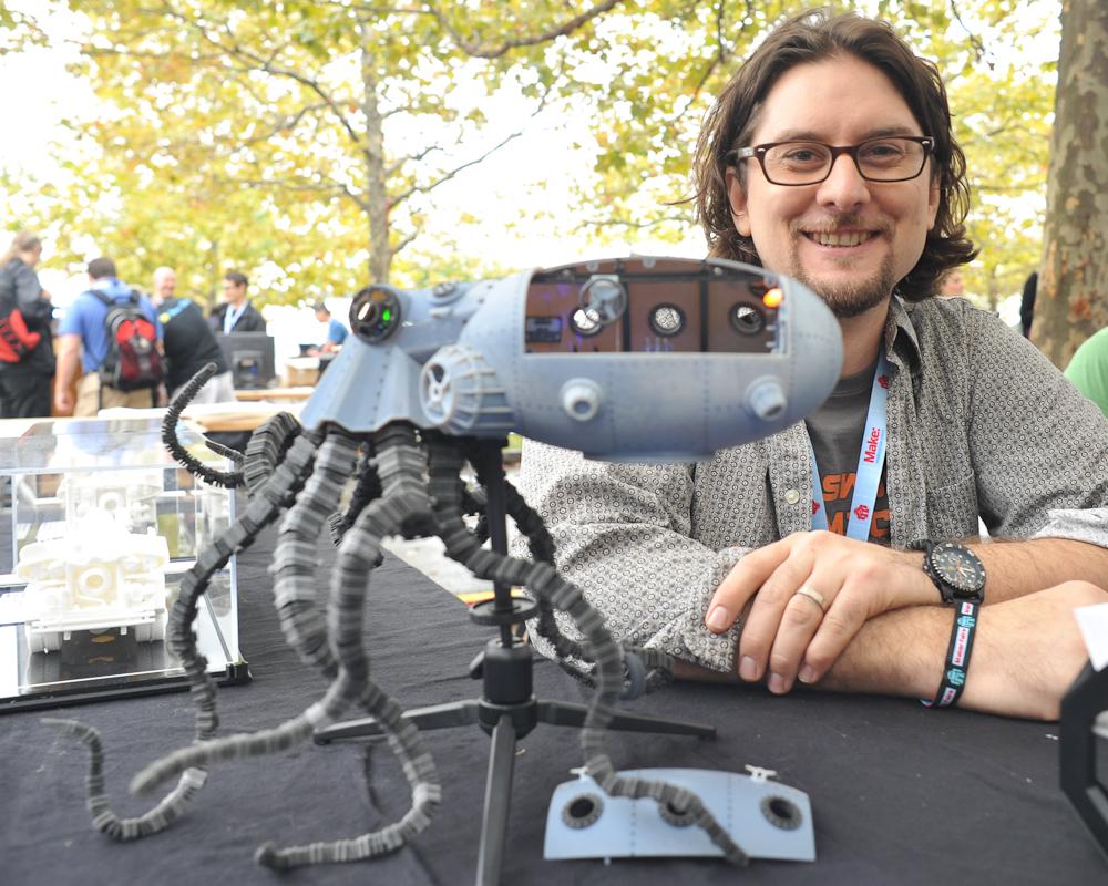"Maker Faire New York: Sean Charlesworth's ""Octopod"""