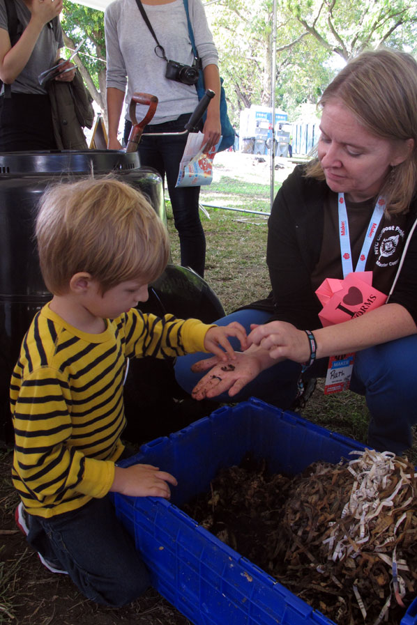 Maker Faire New York: Learn About Worms
