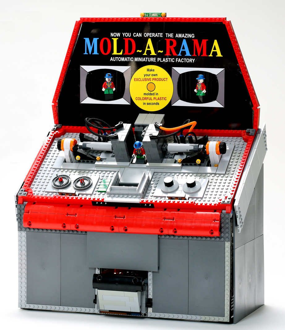 Lego Mold-O-Rama Makes Minifig Clowns