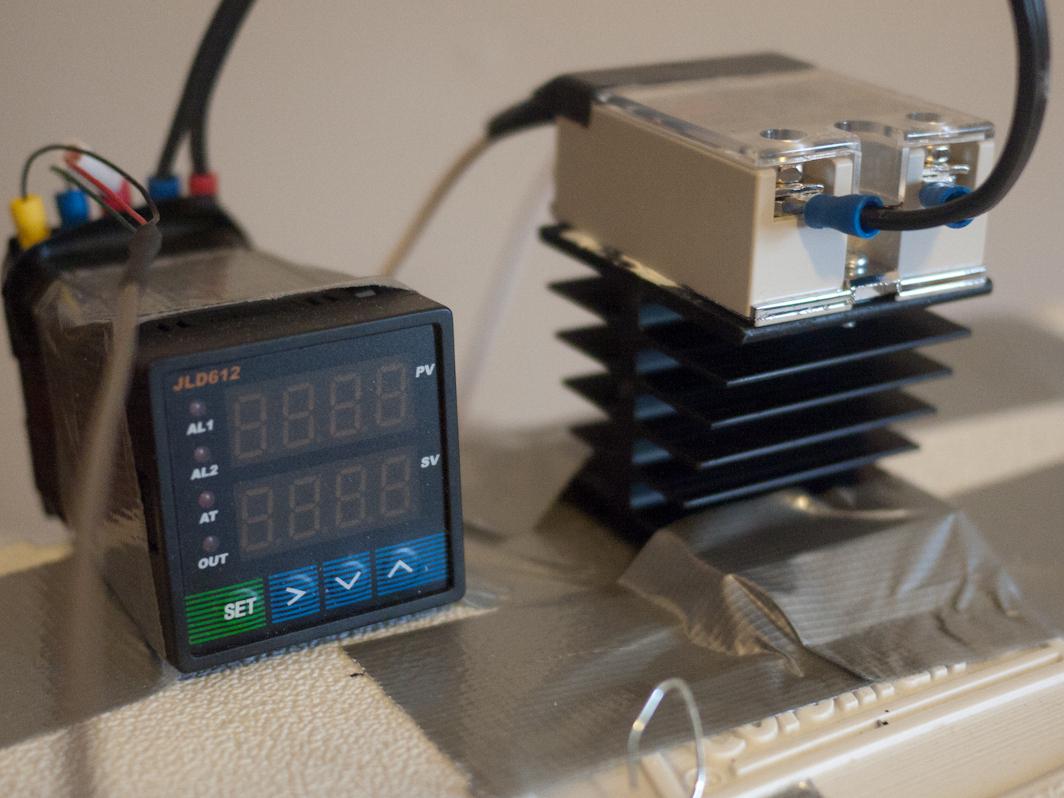 Universal Temperature Controller For 70 Make