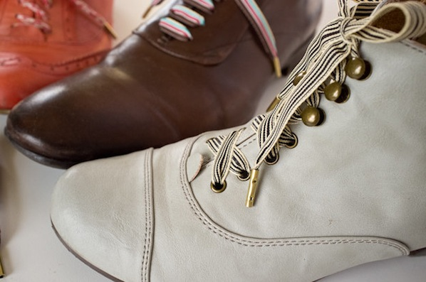 How-To: Custom Metal-Tipped Shoelaces