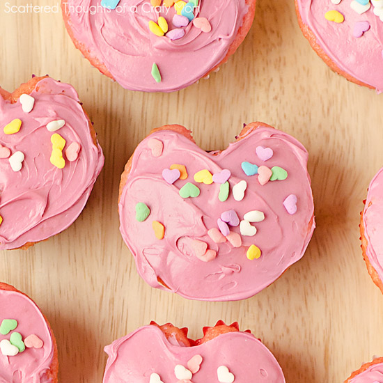 How-To: Heart-Shaped Cupcakes