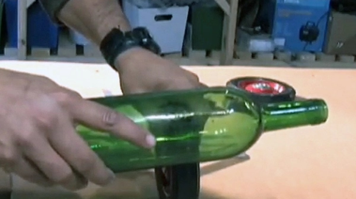 Learn 30 Second Wine Bottle Cutting Make