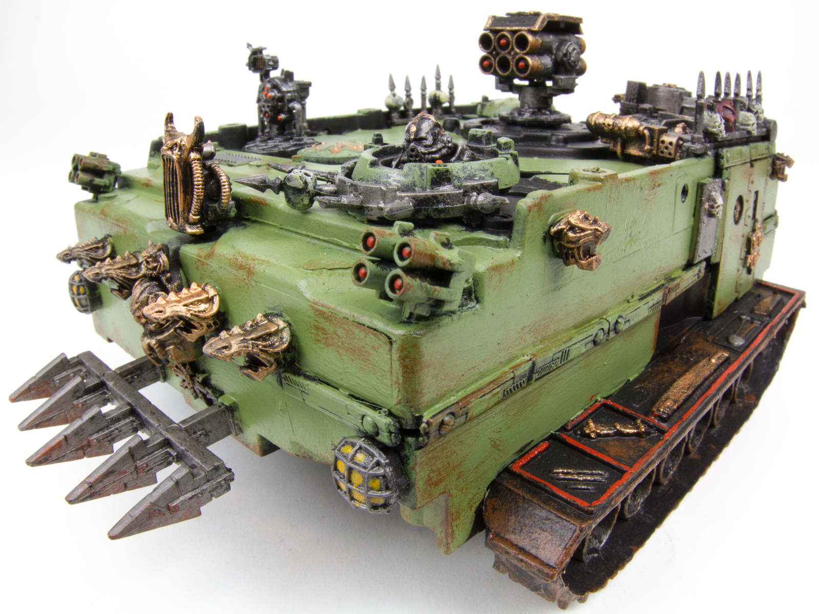 Warhammer 40K Nurgle Tanks from Hard Drives