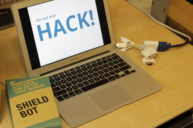 Recap of hackphx arduino hackathon heatsynclabs make