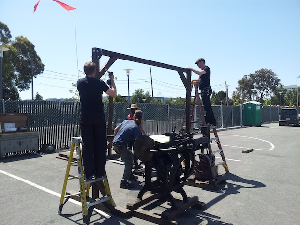 A Steam-Powered Printing Press at Maker Faire