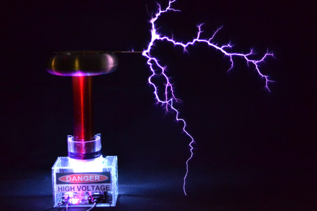 Wondrous Tesla Coil With A Six Pack Capacitor Make Wiring Database Gentotyuccorg