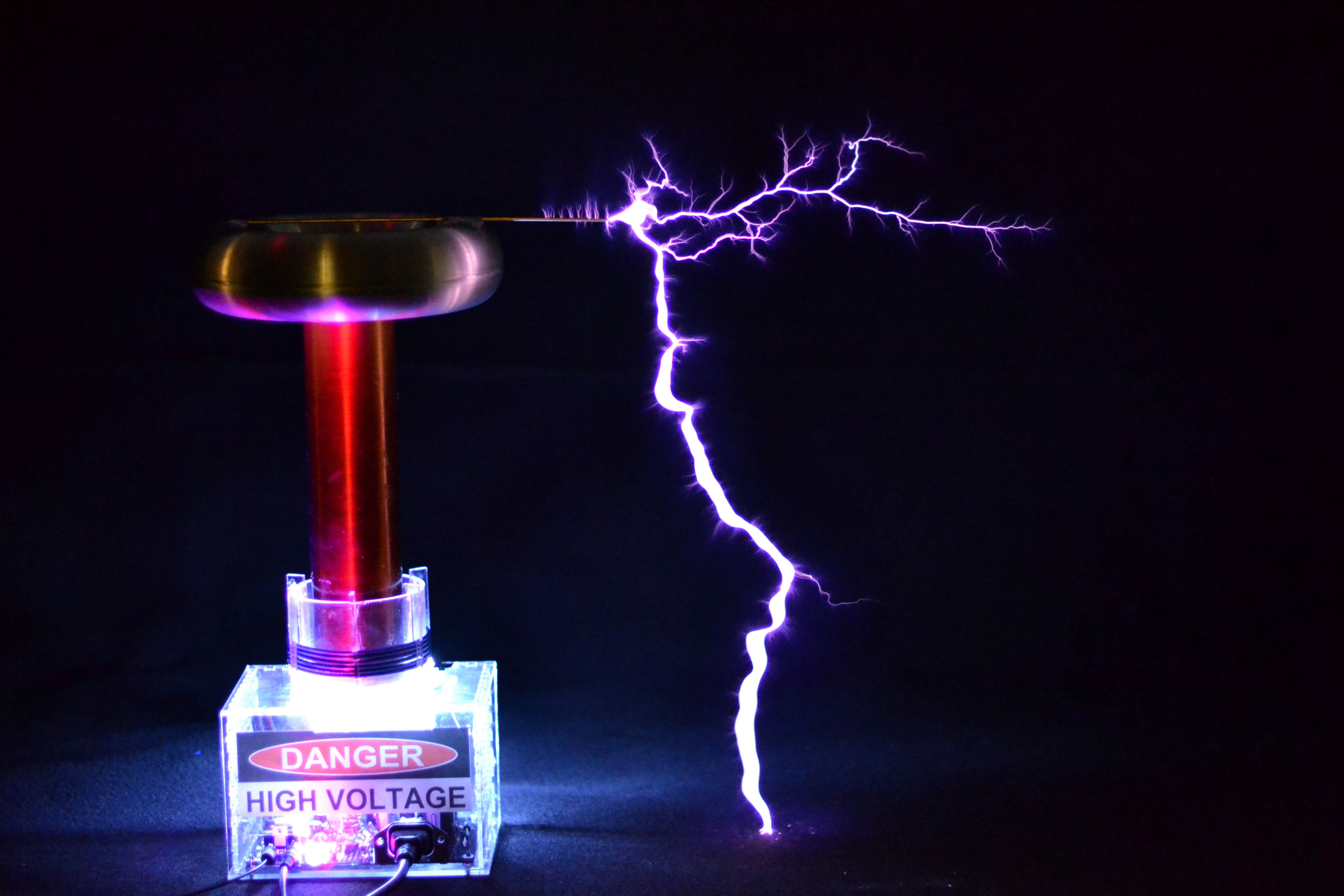 Tesla Coil With A Six Pack Capacitor Make High Voltage Transformer Wiring Diagram Use Neon Sign Rated For 9kv At 25ma Strive Main Tank Capacitance As Close To 0005f Possible