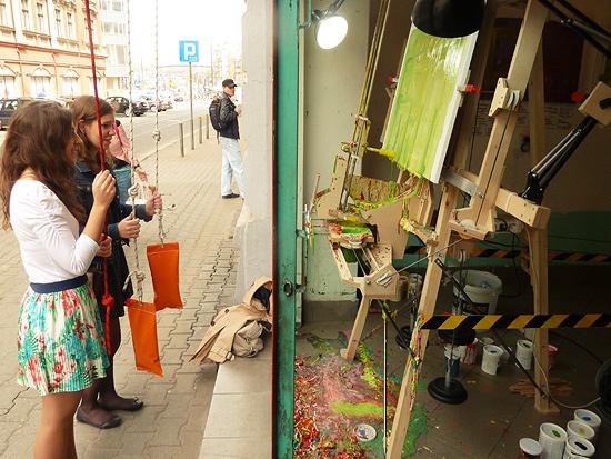 Public Painting Machine Grants Instant Art Career
