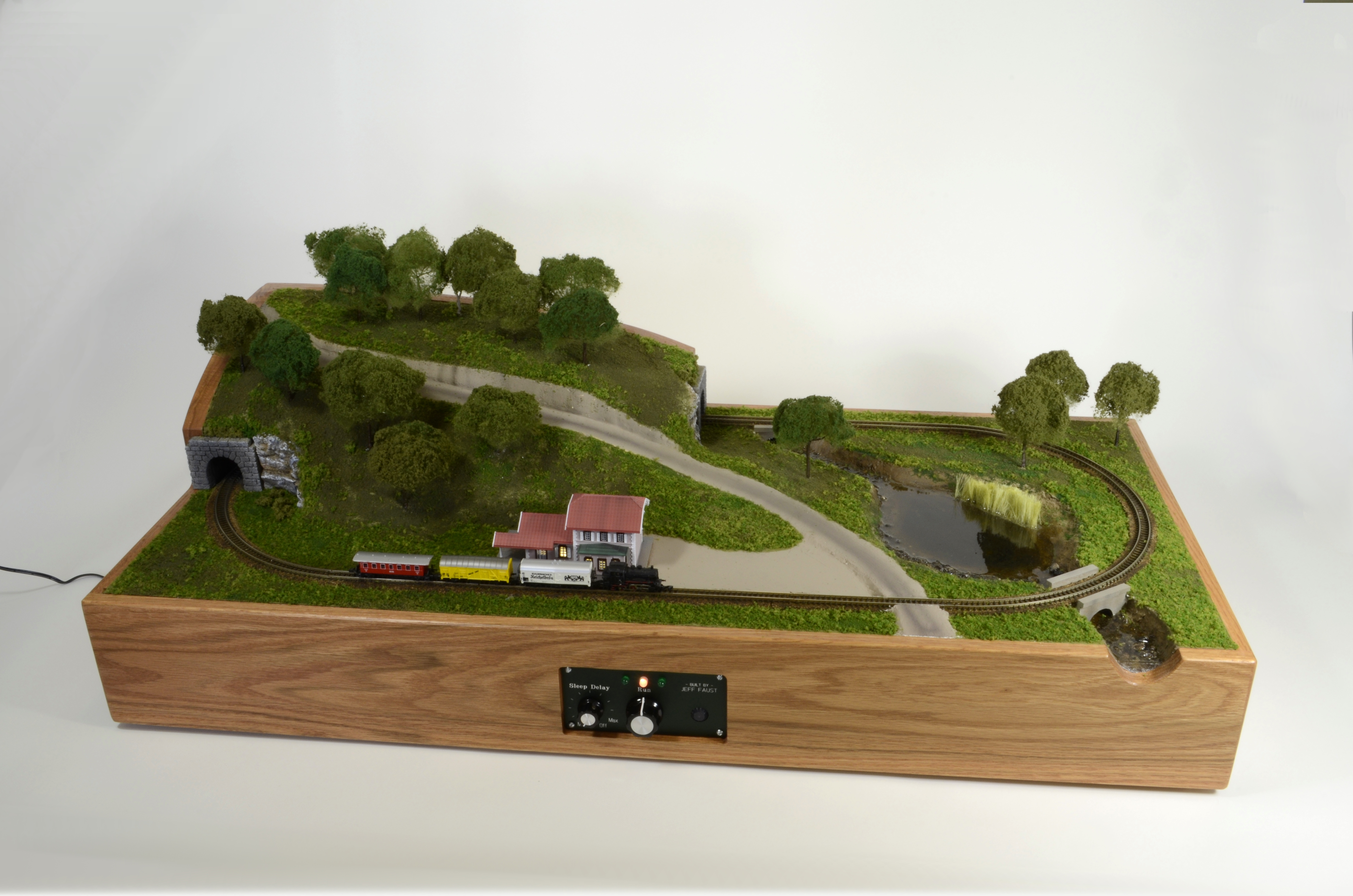 Bringing a Classic Marklin Z-Scale Model Railroad to Life With Arduino