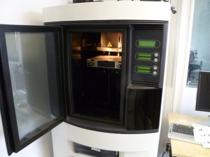 The Dimension BST 3D printer, rescued from Eyebeam and rehabilitated.