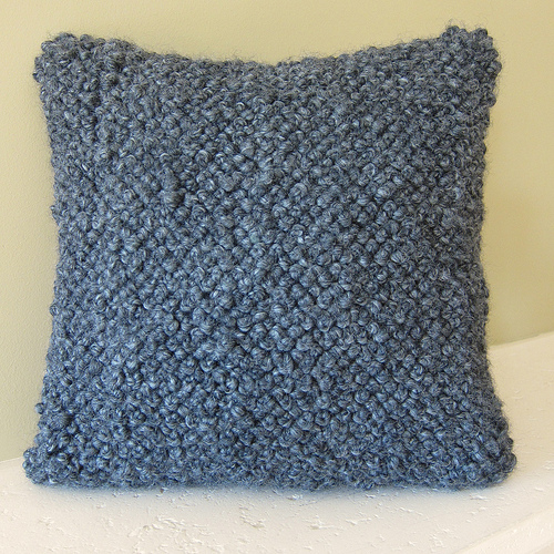 How-To: Bulky French Knot Pillow