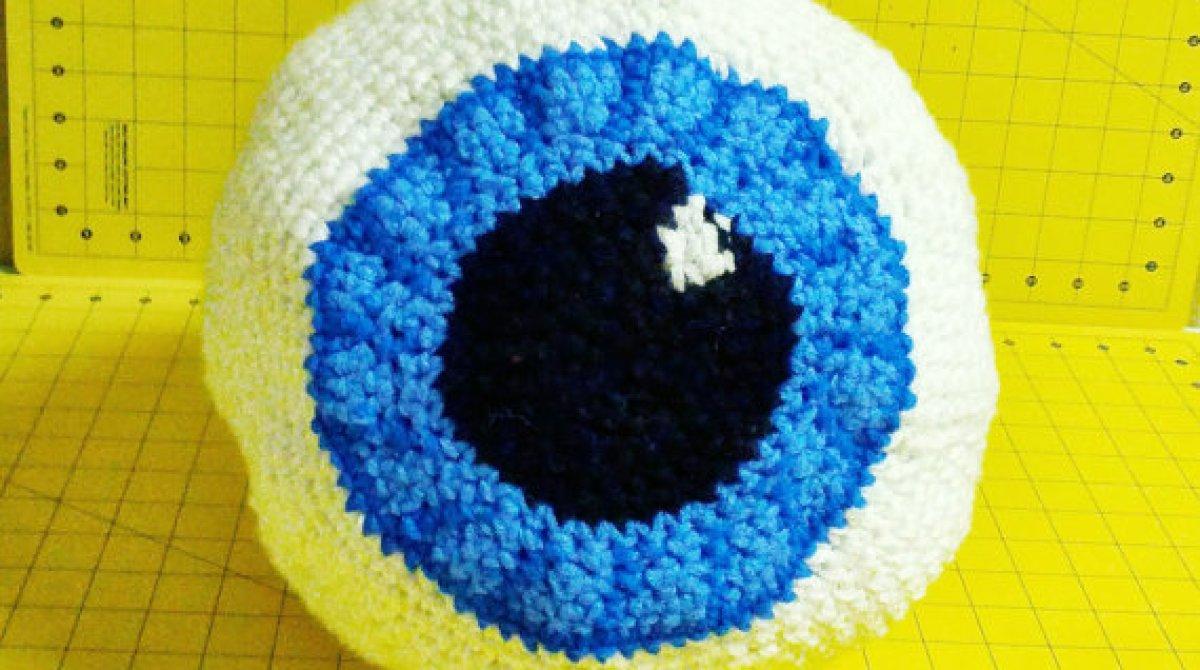 Crocheted Eyeball Bag