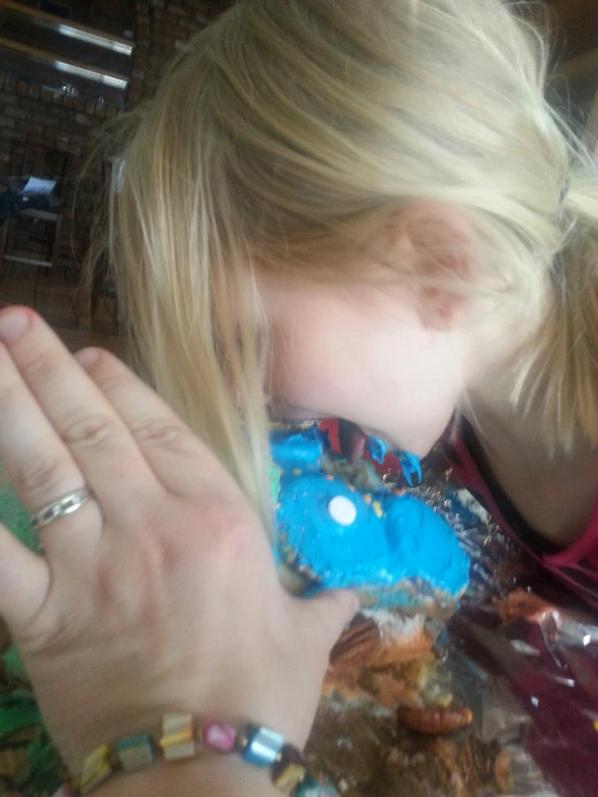 Kat was really excited to be able to shove her face into this messy cake!