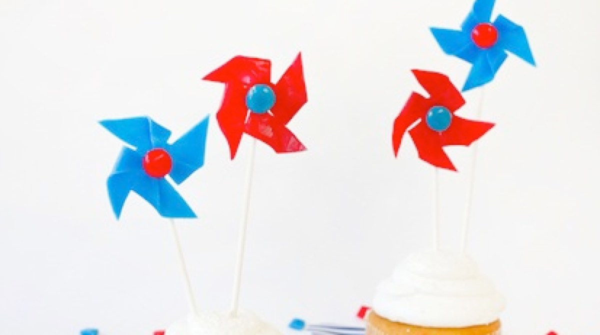 How-To: Edible Patriotic Pinwheels