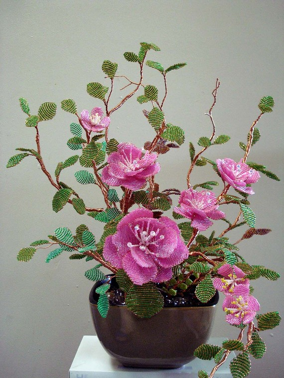 Flowers and Plants from Beads