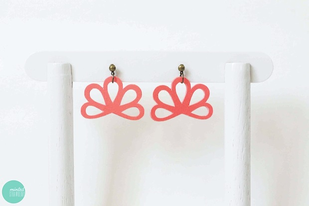 How-To: Pretty Paper Earrings