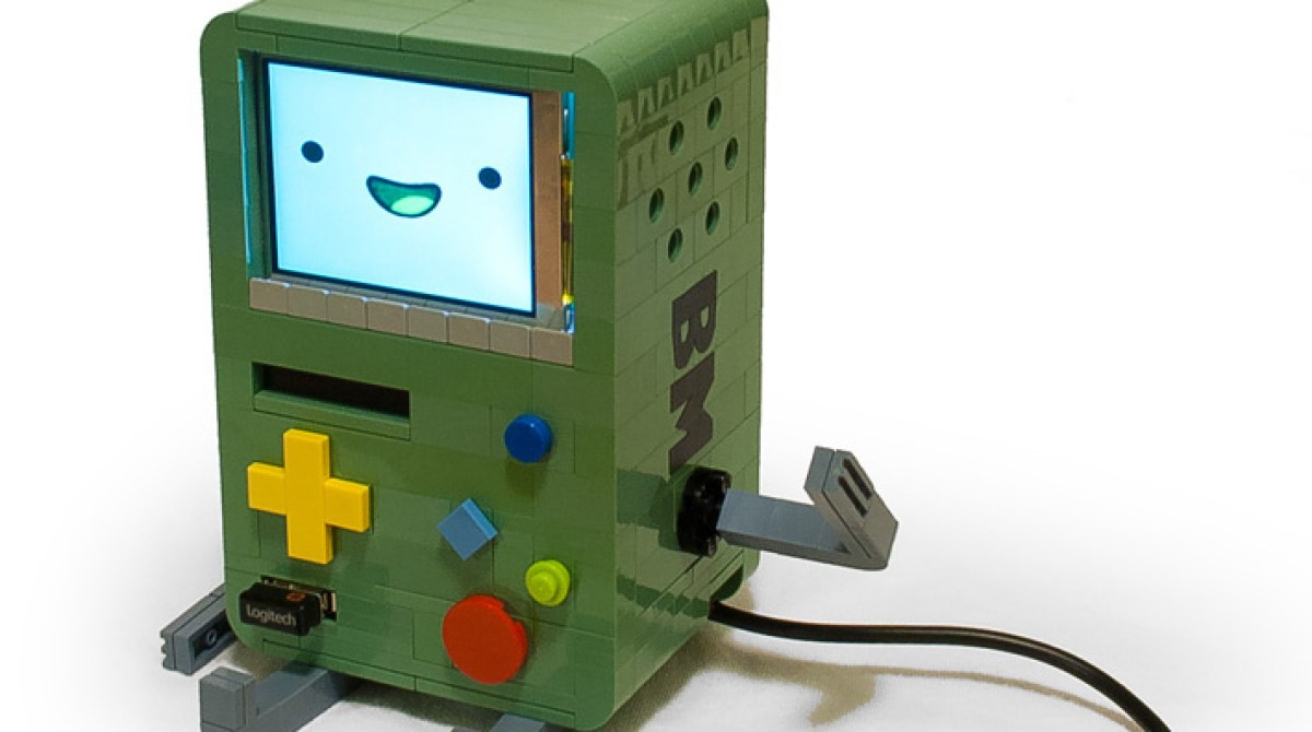 Lego Adventure Time BMO Features a RasPi