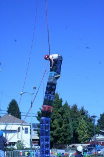 EBMMF2013 Crate Stacking 2