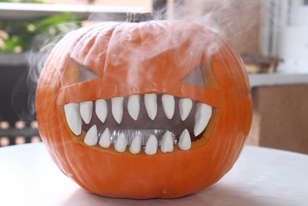 How To: Smokin' Pumpkin