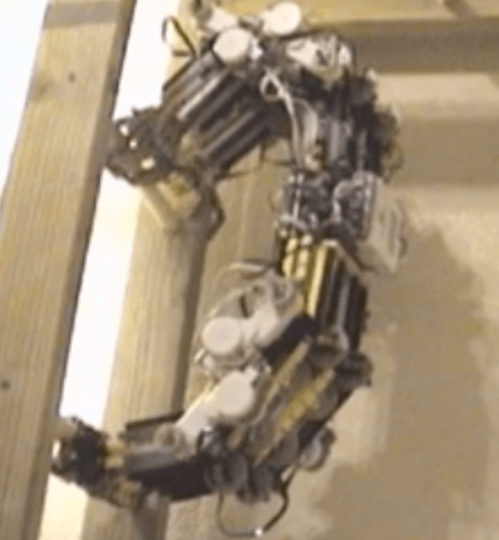 Mindstorms Slothbot Climbs Ladders