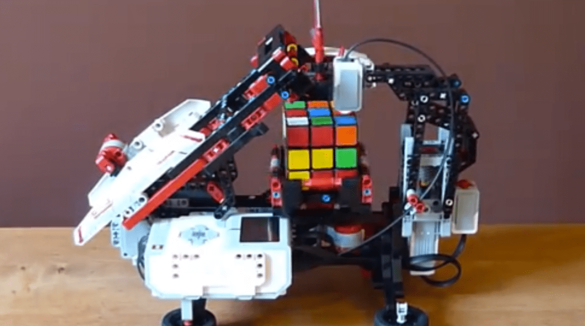 Make Your Own Mindstorms Cube Solver Make